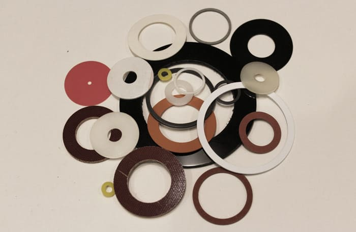 plastic shoulder washers